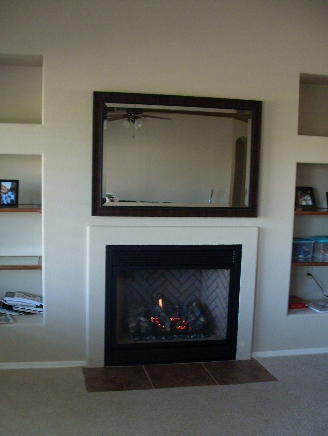Fireplace Xtrordinair 864 with TV CoverUp above Fireplace